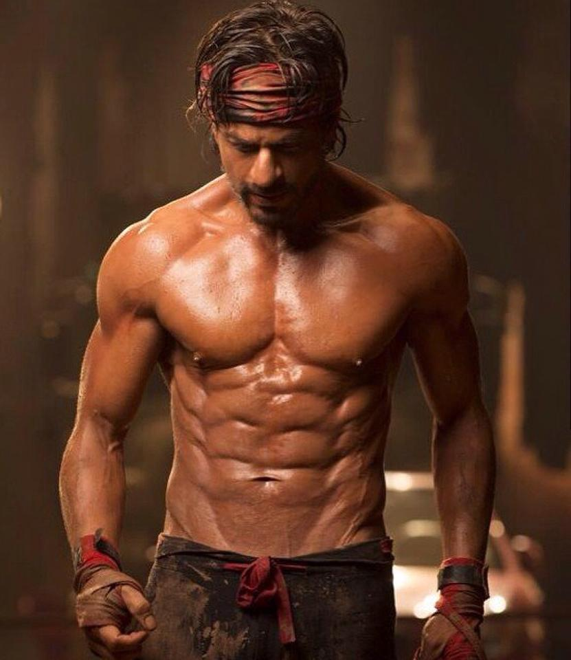 Shah-Rukh-Khan-eight-pack-abs-1 (1)