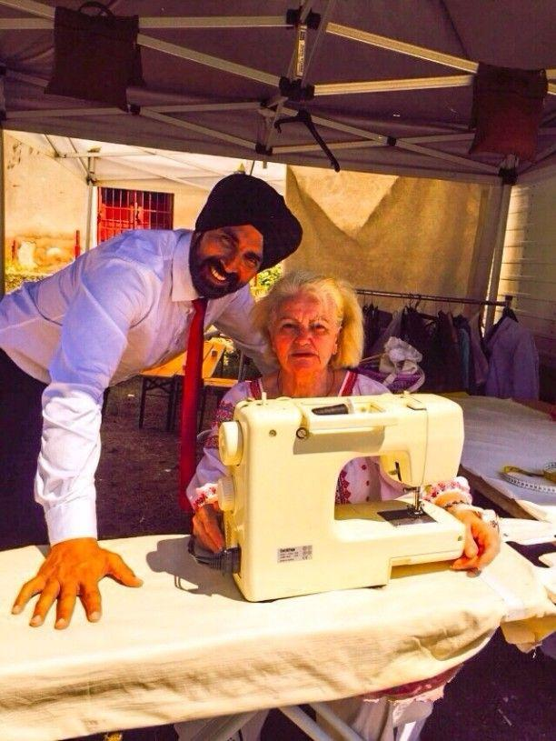 89 year-old grandmother comes to Akshay Kumar's rescue