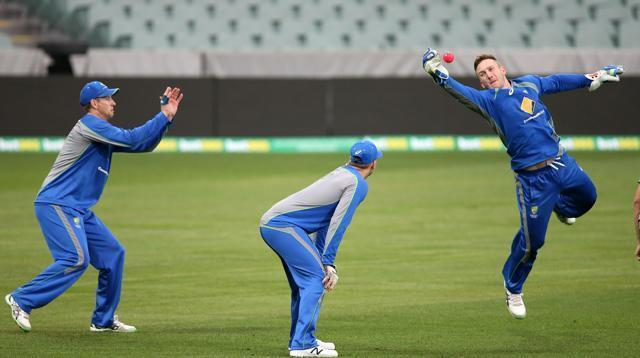 Australia, New Zealand set for 1st ever day-night, pink ball Test
