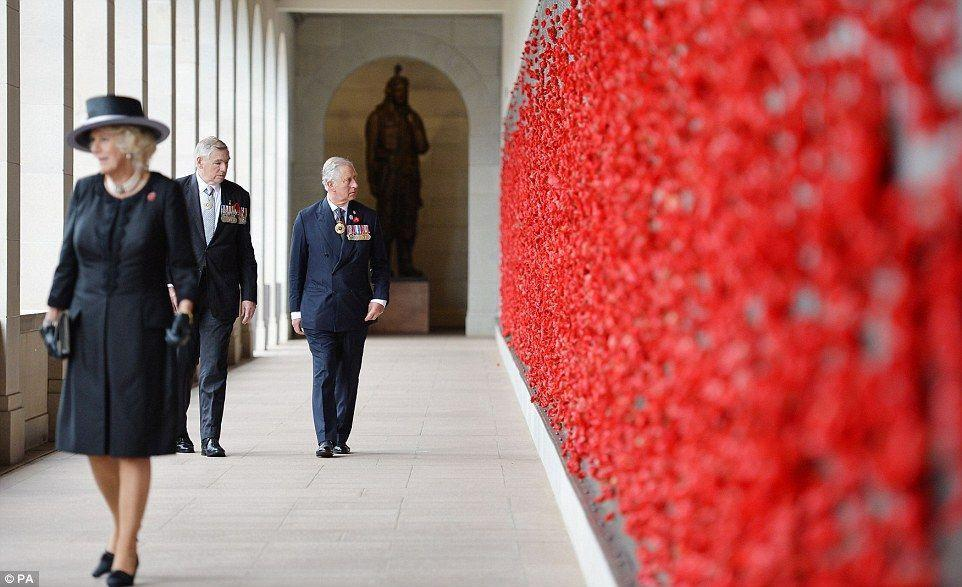Remembrance Day: Australians pause to commemorate lives lost in war and conflict