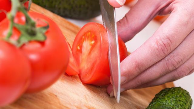 Do you cut all your veggies without washing knife in between?