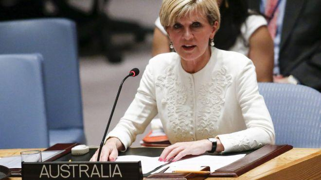 Australia airport security sacked over Julie Bishop check