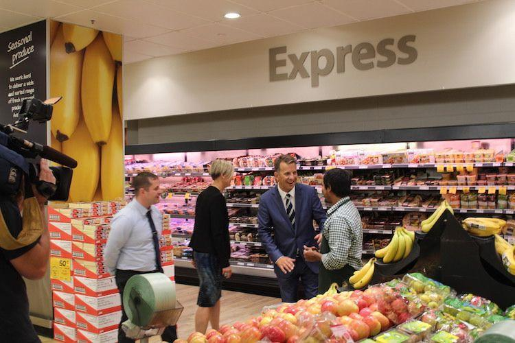 """Shop """"Till Your Stop"""" New Trial To 'Click & Collect' Your Groceries At Train Stations"""