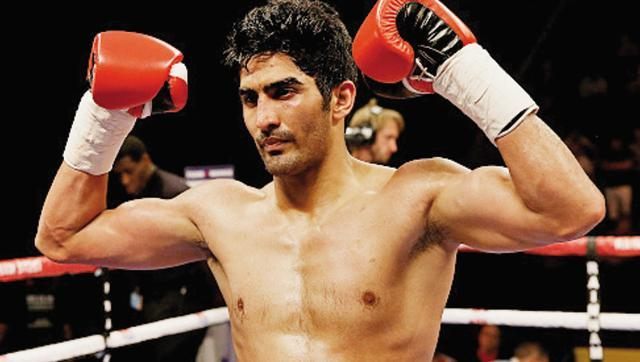 Unbeatable: Vijender Singh wins 4th successive pro boxing bout via KO