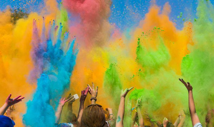 For The First Time, Pakistan Will Declare Public Holidays On Holi, Diwali And Easter
