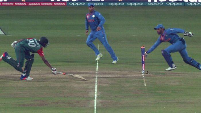 India hold nerve to beat Bangladesh by 1 run in World T20
