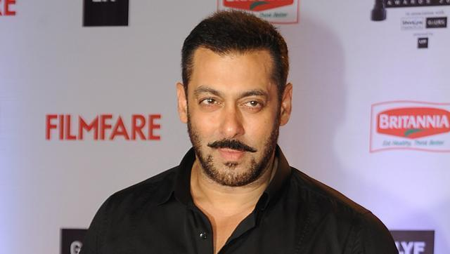Salman Khan served marriage ultimatum by his parents