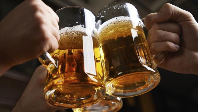 Heart attack, stroke risk doubles within an hour after drinking liquor