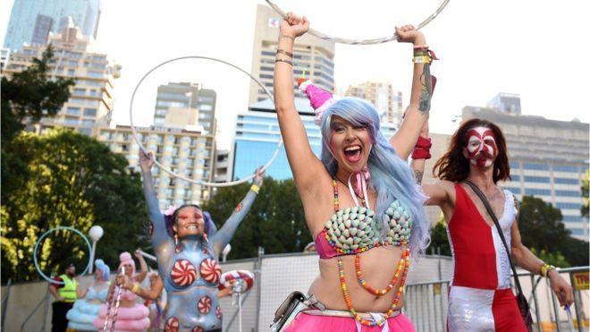 Sydney Mardi Gras: Thousands turn out for festival