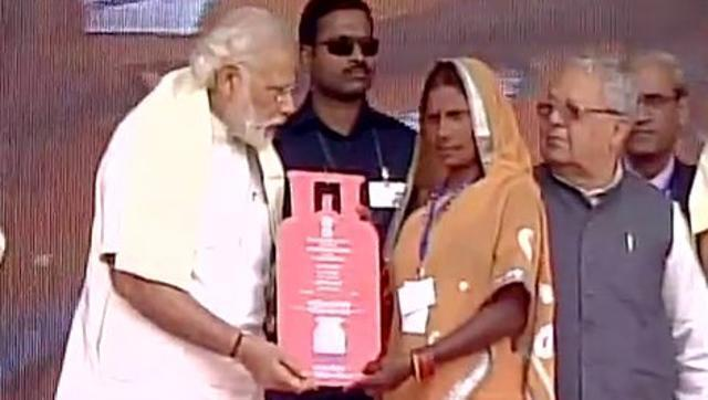 Schemes should be made with poor in mind, not ballots, says Modi