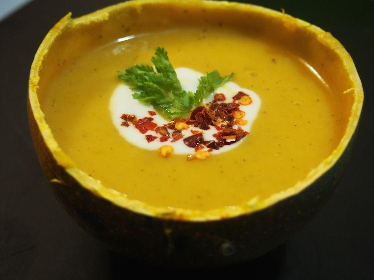 Warm Up For Winter : Tomato Pumpkin Soup