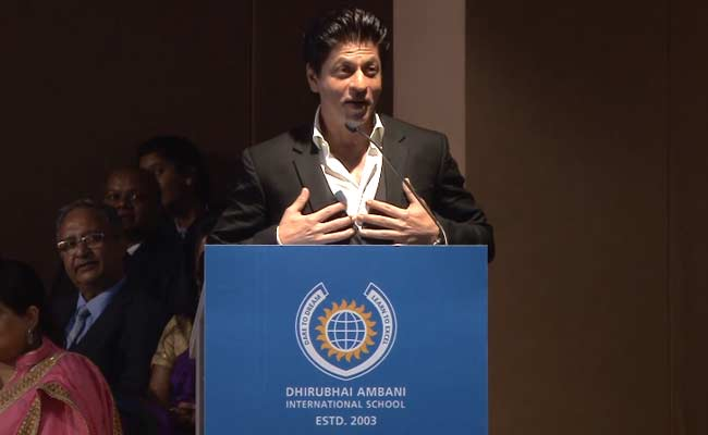 Shah Rukh Khan believes in Make in India. Hollywood, take note