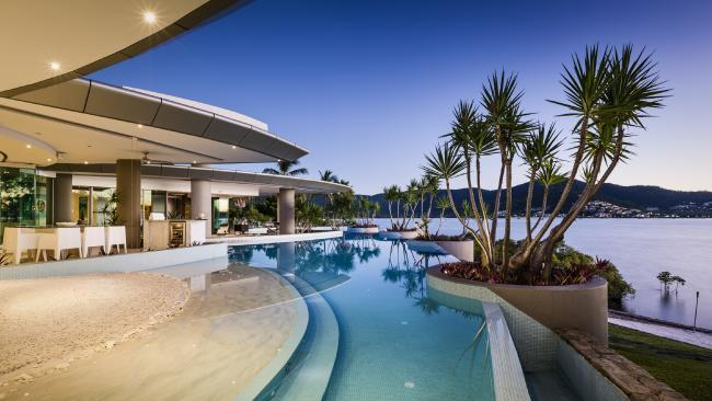 Richest Aussies banking on real estate