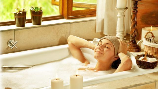 Want to burn calories without exercising? Go, take a hot bath