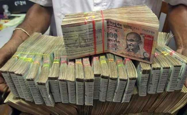 Ban On Cash Transactions Above 3 Lakhs To Be Considered By Government