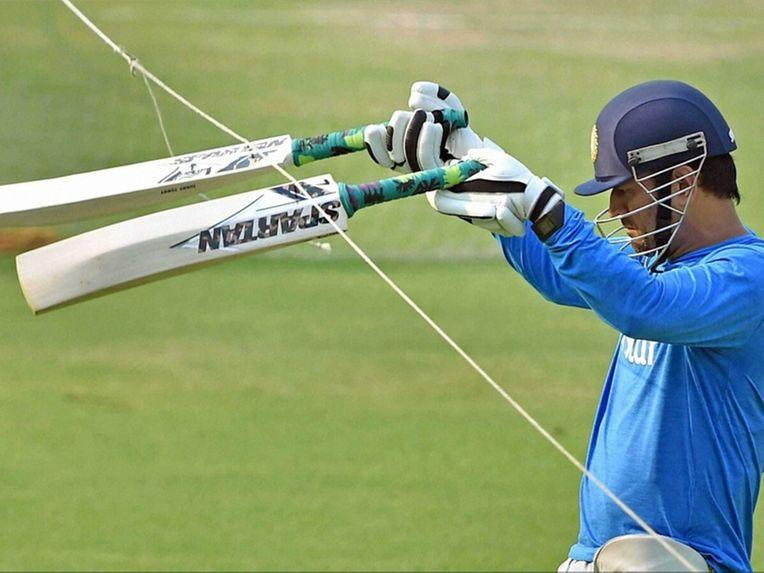 Mahendra Singh Dhoni Allegedly Duped by Australian Sports Gear Company Spartan