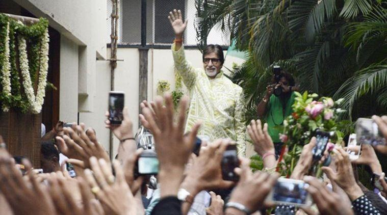 Fan scales Amitabh Bachchan's bungalow wall to croon a Bhojpuri song