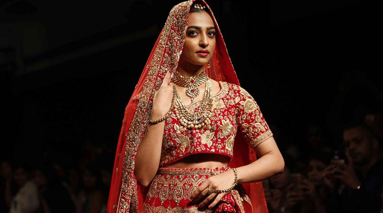 I do what I believe in, can't have double standards: Radhika Apte