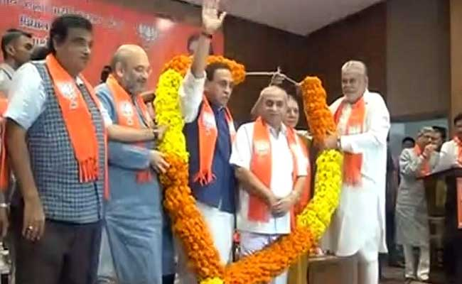 How The Big Twist In Gujarat Chief Ministerial Race Came About
