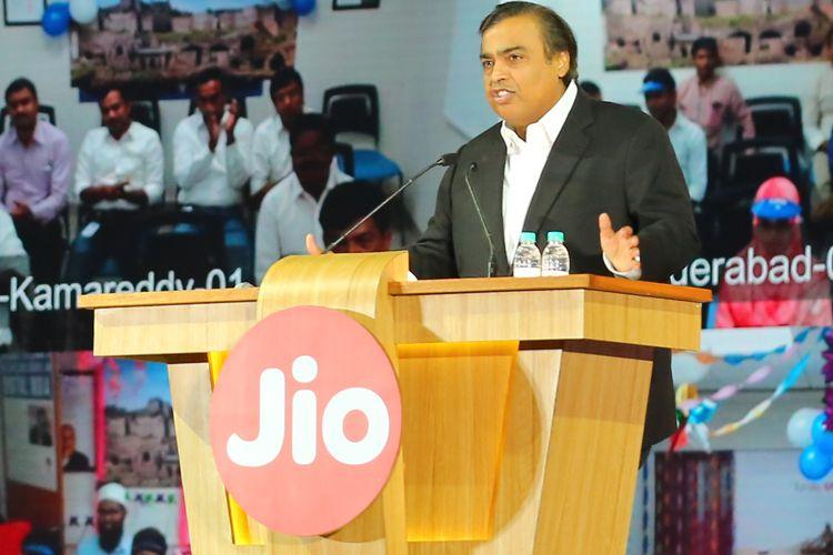 Mukesh Ambani's Jio Speech Wipes Out Rs. 15,600 Crore In Market Cap For Airtel, Idea