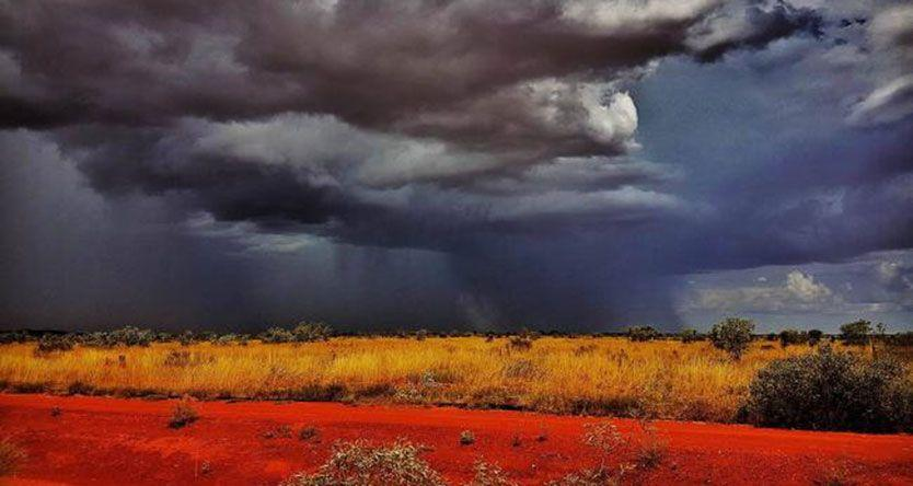Storm over Tanami Desert catches eye of Territory photographer