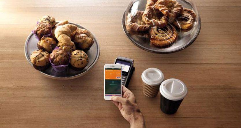 Digital wallets slow to take off in Australia but more big banks are adopting the technology