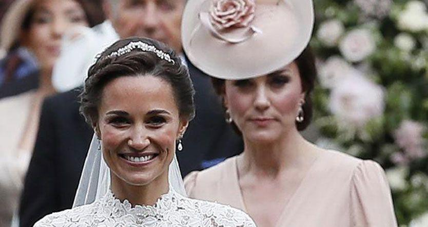 Duchess Kate covers up and stands back on sister Pippa Middleton's big day