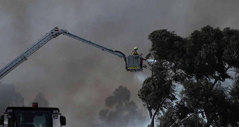 Melbourne fire: huge blaze at Coolaroo recycling centre