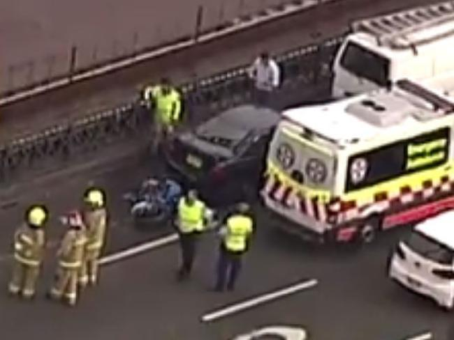 Traffic delays on Sydney Harbour Bridge after crash
