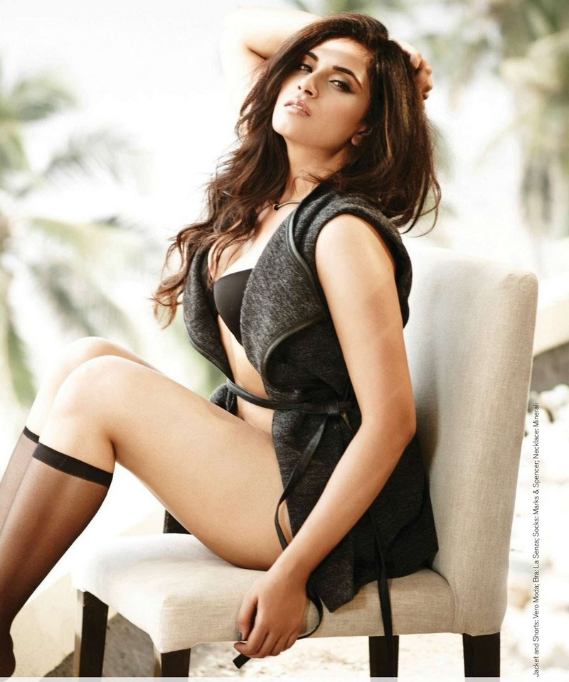"Richa Chadha's ""badass Bholi"" doesn't mind going on a gambling spree - only if she has Choocha's superpower, of course"