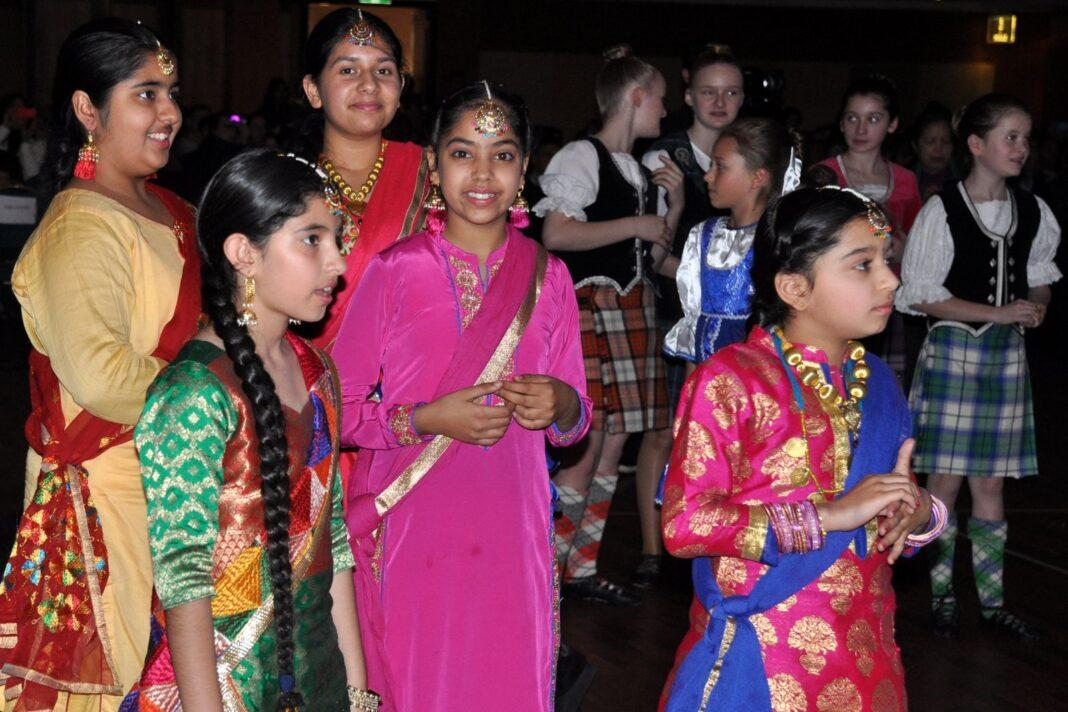 Indian kids shine at 'The Wizard of Oz' concert