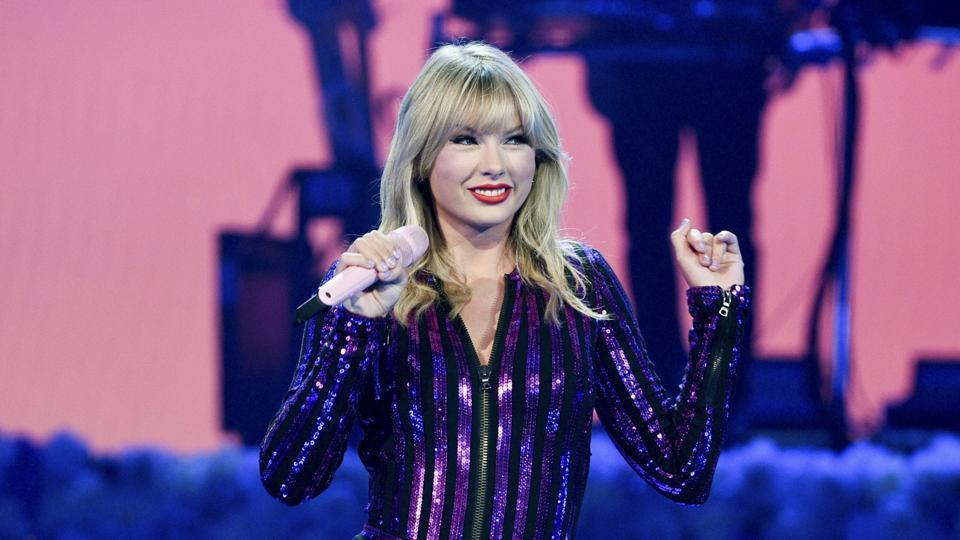 Taylor Swift might just break Michael Jackson's record of most AMA wins