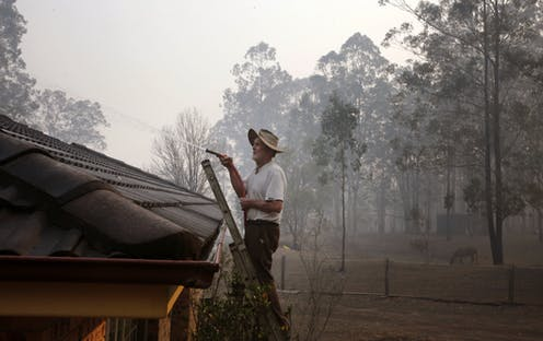 It's hard to breathe and you can't think clearly – if you defend your home against a bushfire, be mentally prepared