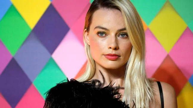 Margot-Robbie-starred-in-and-also-produced-the-film