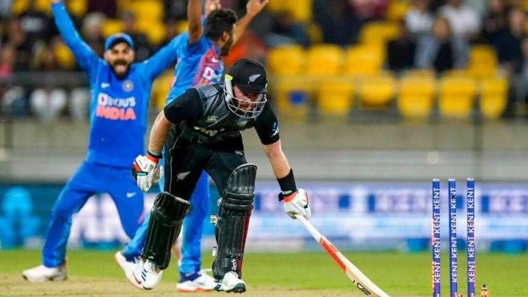 New-Zealand-lost-their-2nd-successive-Super-Over-on-Friday