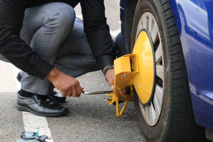 Wheel clamps will be banned across WA under new laws to be introduced
