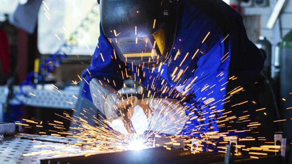 Manufacturing slowly recovers in June but headwinds remain