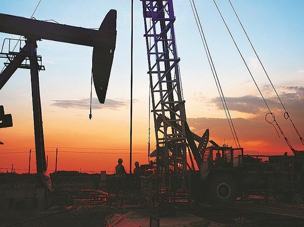 Oil steadies as demand fears due to Covid-19 offset high OPEC compliance