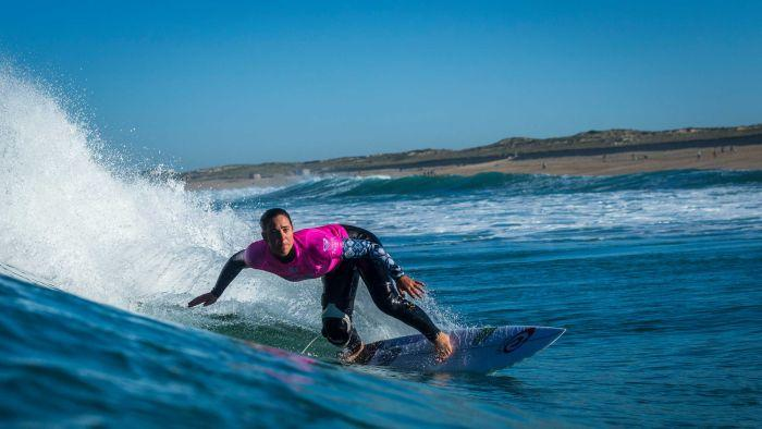 Tyler Wright wins historic first women's event at Hawaii's Banzai Pipeline