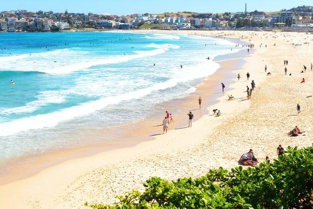 a short history of the beach in Australia