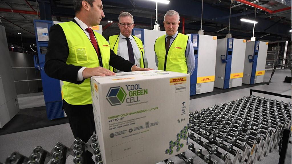 142,000 doses of the Pfizer/BioNTech COZVID-19 vaccine have arrived at Sydney airport